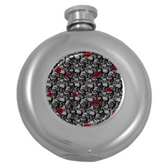 Skulls and roses pattern  Round Hip Flask (5 oz)