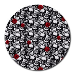 Skulls and roses pattern  Round Mousepads