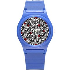 Skulls and roses pattern  Round Plastic Sport Watch (S)