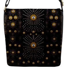 Lace Of Pearls In The Earth Galaxy Pop Art Flap Messenger Bag (S)
