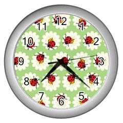 Ladybugs Pattern Wall Clocks (silver)