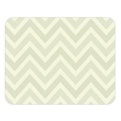 Zigzag  pattern Double Sided Flano Blanket (Large)