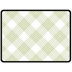 Zigzag  pattern Fleece Blanket (Large)