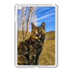 Adult Wild Cat Sitting and Watching Apple iPad Mini Case (White)