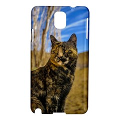 Adult Wild Cat Sitting and Watching Samsung Galaxy Note 3 N9005 Hardshell Case
