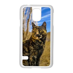 Adult Wild Cat Sitting and Watching Samsung Galaxy S5 Case (White)