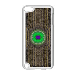 In The Stars And Pearls Is A Flower Apple iPod Touch 5 Case (White)