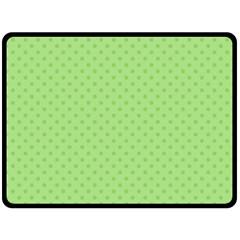 Dots Double Sided Fleece Blanket (Large)