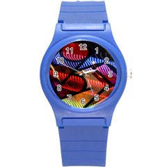 Graphic Shapes Experimental Rainbow Color Round Plastic Sport Watch (S)