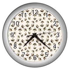 Autumn Leaves Motif Pattern Wall Clocks (Silver)