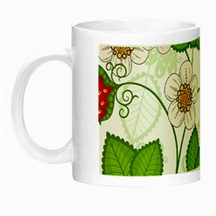 Strawberry Fruit Leaf Flower Floral Star Green Red White Night Luminous Mugs