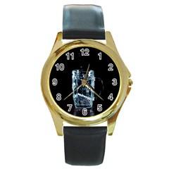 Glass Water Liquid Background Round Gold Metal Watch