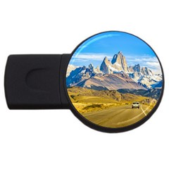 Snowy Andes Mountains, El Chalten, Argentina USB Flash Drive Round (2 GB)