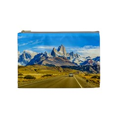 Snowy Andes Mountains, El Chalten, Argentina Cosmetic Bag (Medium)