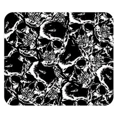 Skulls Pattern Double Sided Flano Blanket (small)