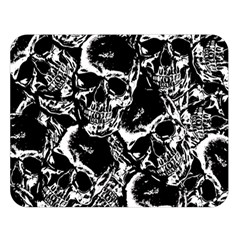 Skulls Pattern Double Sided Flano Blanket (large)