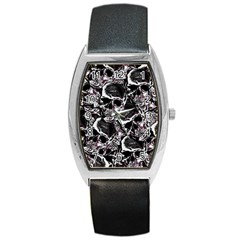 Skulls Pattern Barrel Style Metal Watch