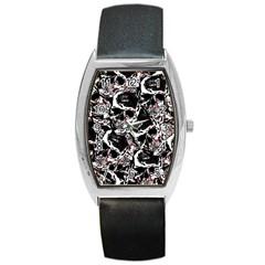 Skull Pattern Barrel Style Metal Watch