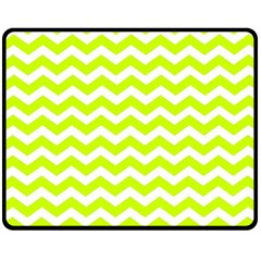 Chevron Background Patterns Fleece Blanket (medium)