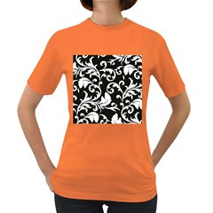 Black And White Floral Patterns Women s Dark T Shirt