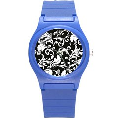 Black And White Floral Patterns Round Plastic Sport Watch (s)