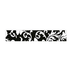 Black And White Floral Patterns Flano Scarf (mini)