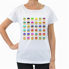 Colorful Cupcakes Pattern Women s Loose-Fit T-Shirt (White)