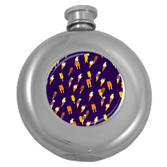 Seamless Ice Cream Pattern Round Hip Flask (5 Oz)