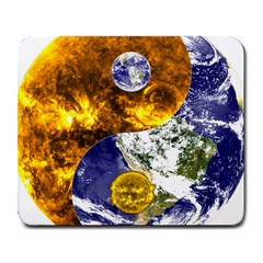 Design Yin Yang Balance Sun Earth Large Mousepads