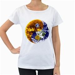 Design Yin Yang Balance Sun Earth Women s Loose-Fit T-Shirt (White)