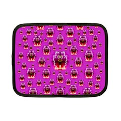 A Cartoon Named Okey Want Friends And Freedom Netbook Case (small)