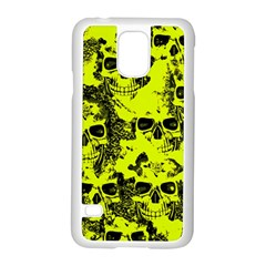 Cloudy Skulls Black Yellow Samsung Galaxy S5 Case (White)