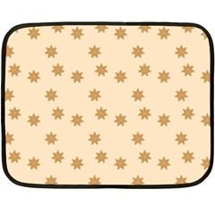 Pattern Gingerbread Star Fleece Blanket (Mini)