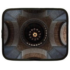 Pattern Design Symmetry Up Ceiling Netbook Case (XL)