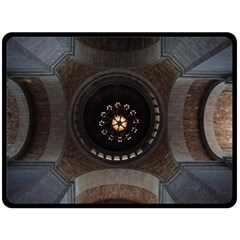Pattern Design Symmetry Up Ceiling Fleece Blanket (large)