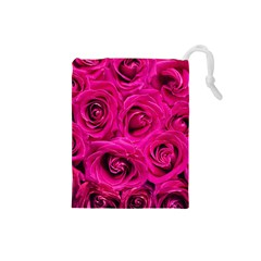 Pink Roses Roses Background Drawstring Pouches (small)