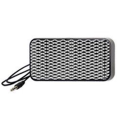 Expanded Metal Facade Background Portable Speaker (black)