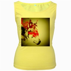 Red Black Wolf Stamp Background Women s Yellow Tank Top