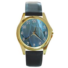 Feather Plumage Blue Parrot Round Gold Metal Watch