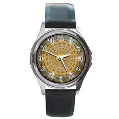Arches Architecture Cathedral Round Metal Watch