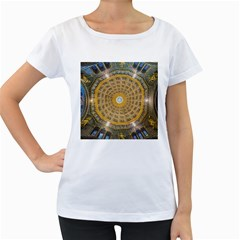 Arches Architecture Cathedral Women s Loose-Fit T-Shirt (White)