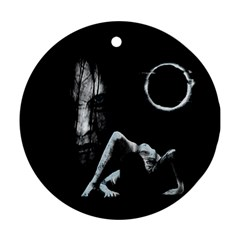 The Ring Ornament (Round)