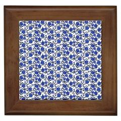 Roses pattern Framed Tiles