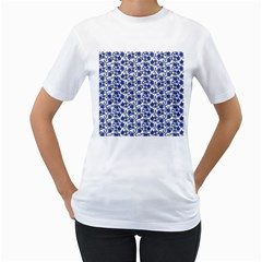Roses pattern Women s T-Shirt (White) (Two Sided)