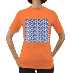 Roses pattern Women s Dark T-Shirt
