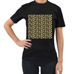 Roses pattern Women s T-Shirt (Black) (Two Sided)