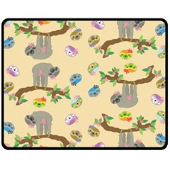 Sloth Tan Bg Fleece Blanket (Medium)