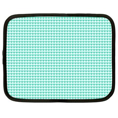 Tiffany Aqua Blue Candy Hearts on White Netbook Case (XXL)