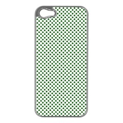 Shamrock 2-Tone Green on White St.Patrick?¯s Day Clover Apple iPhone 5 Case (Silver)