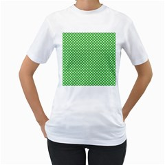 White Heart-Shaped Clover on Green St. Patrick s Day Women s T-Shirt (White)